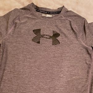YXL Under Armour Fitted Shirt